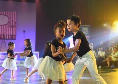 skydance-show galla 2018 avec les enfants
