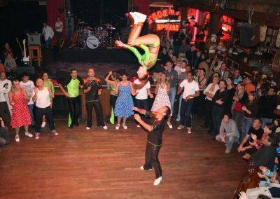 SaltoBemjuDisneynov2005IMG_2907